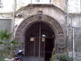 borgo Orefici, palazzo
